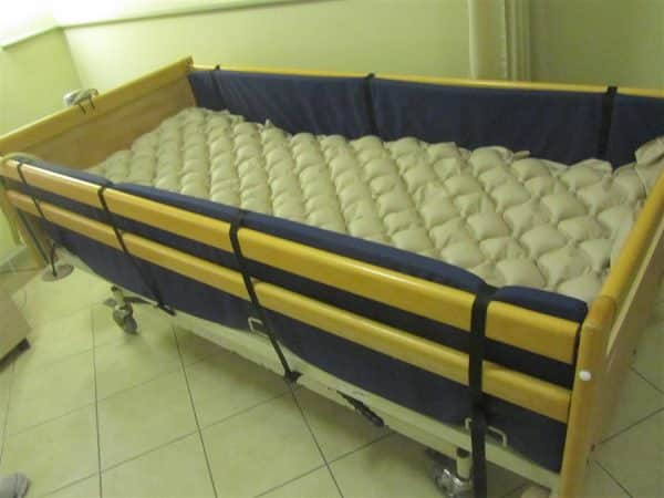 מגן דופן מיטה עץ